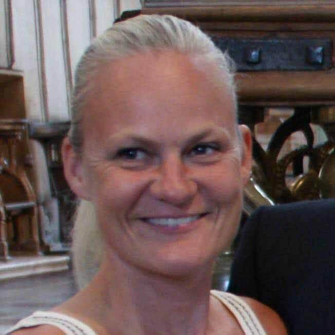 Camilla Schelhase